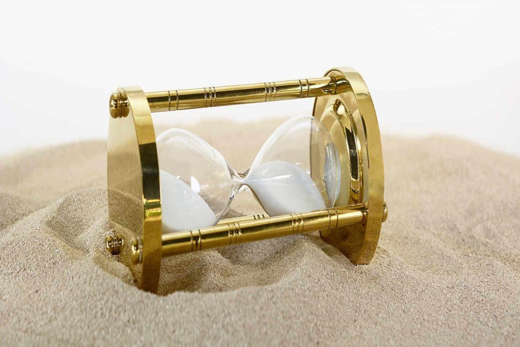Sanduhr im Sand